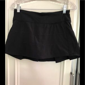Lulu Lemon Set the Pace Skirt